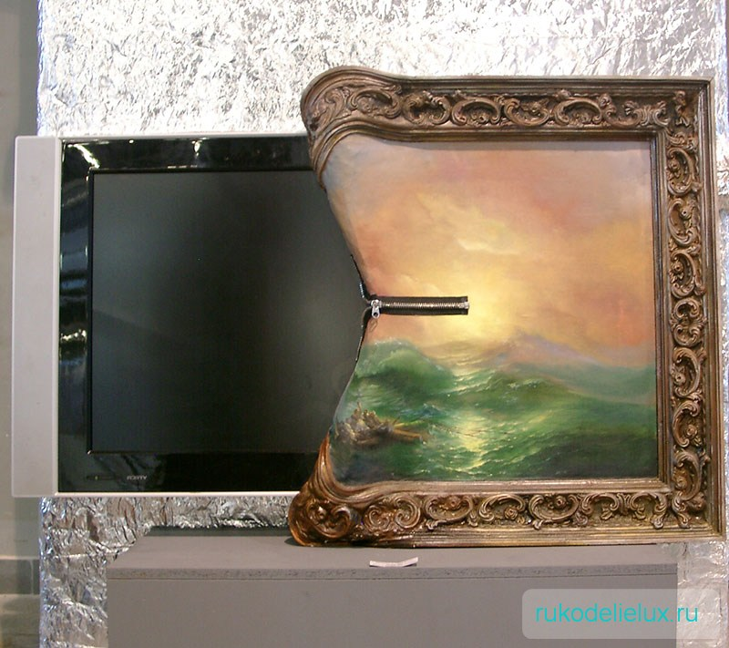 Инсталляция фото телевизора