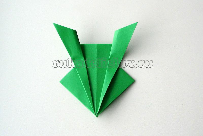 kak-sdelat-lyagushku-iz-bumagi-14