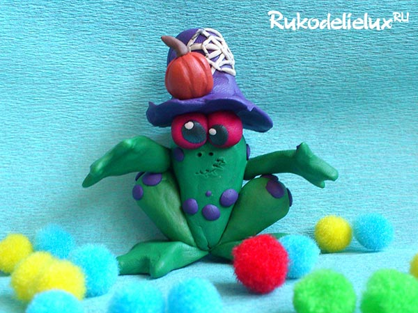Жаба-зомби из пластилина необычная поделка на Хэллоуин