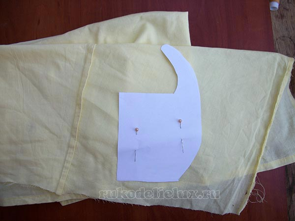 valik-ot-skvoznyakov-svoimi-rukami (5)