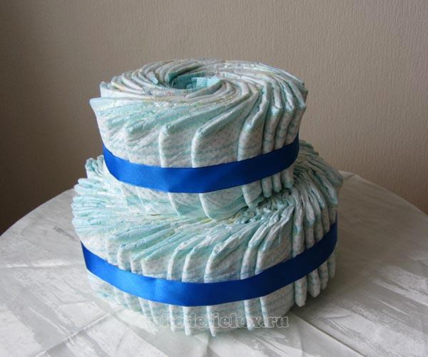 Торт из памперсов для мальчика своими руками
