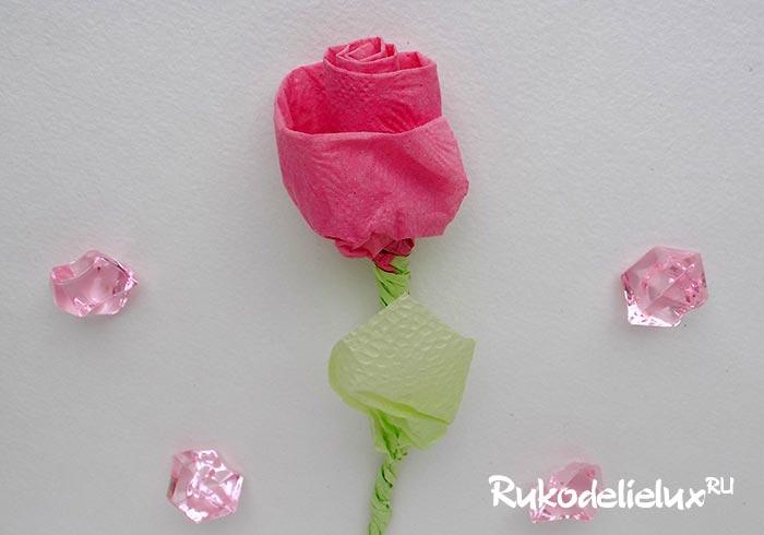 Как сделать розу из бумажных салфеток