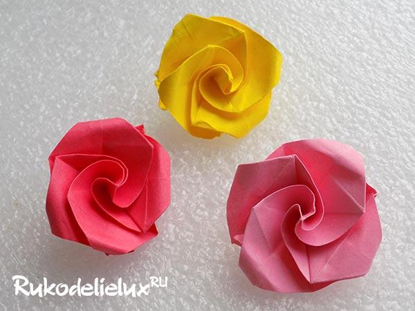 Бумажная роза в технике оригами