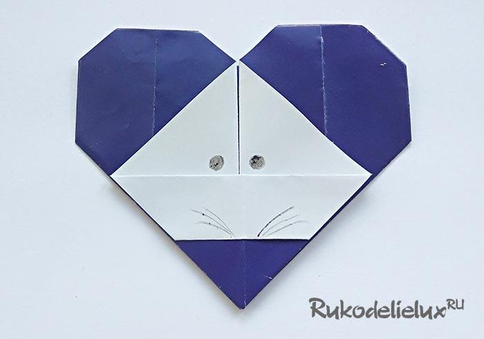 Забавная мышка из бумаги оригами