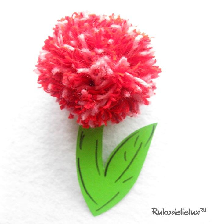 Как сделать цветок из ниток и цветной бумаги