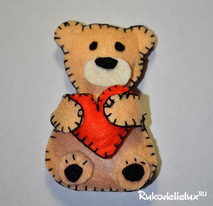Фетровый медвежонок