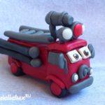 Пожарная машина из пластилина своими руками