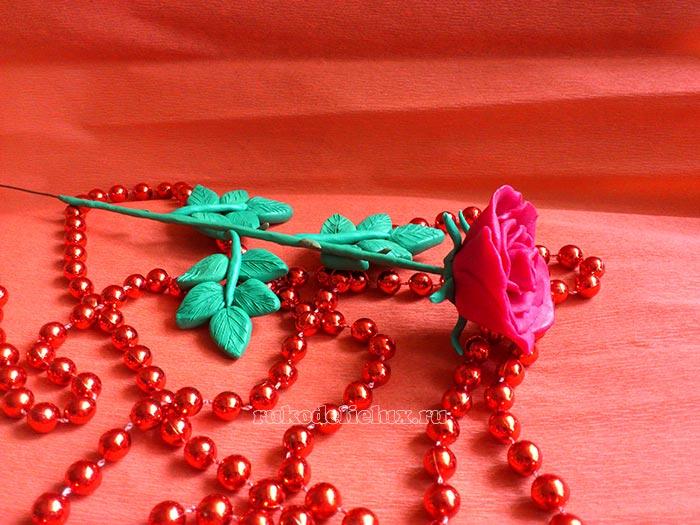 Роза из пластилина фото