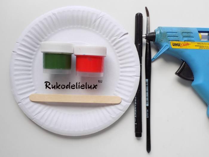 Что потребуется дял изготовления веера Арбуз из бумажной тарелки