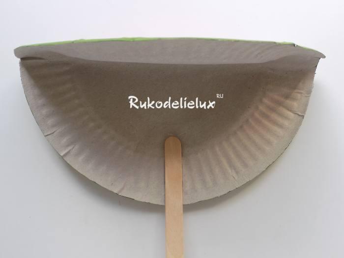 Палочка для использования бумажного веера