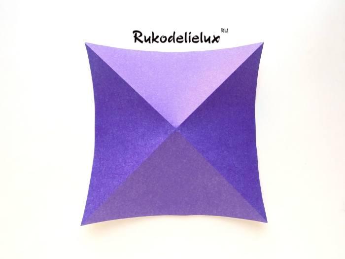 сгибы цветного квадрата для пингвина оригами