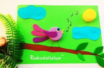 аппликация птичка на дереве для детей из крышки