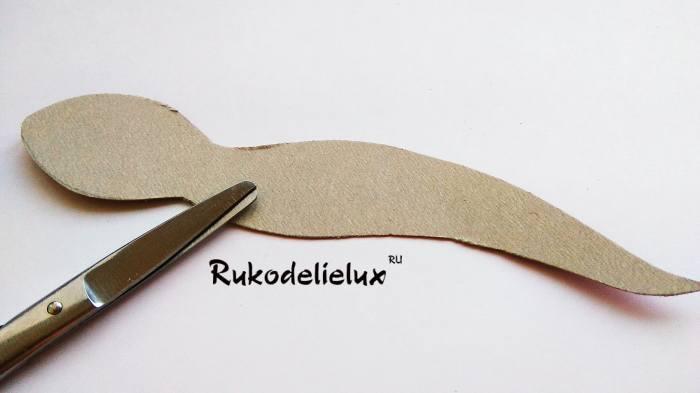 вырезка формы макета змейки поделки