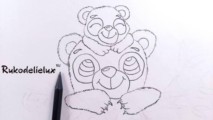 лапы взрослой мамы панды на рисунке маме
